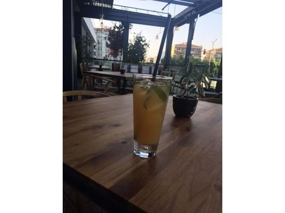 Needion - Labada Gurme Harmanlanmış Ananaslı Soğuk Çay