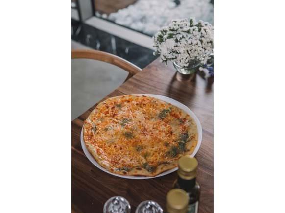 Needion - Dört Peynirli Pizza