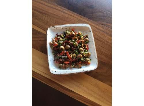 Needion - Zeytin Salatası