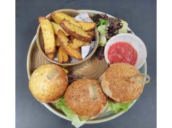 Needion - Burger Trio