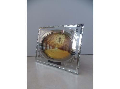 Needion - Masaüstü Işıklı Saati